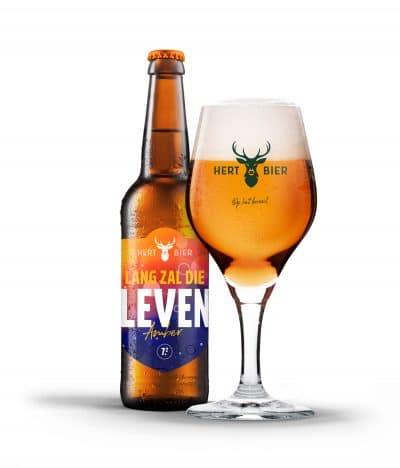 hert bier lang zal die leven amberbier in glas